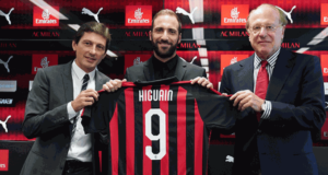 Jelang Derbi Milan, Suso Sanjung Gonzalo Higuain