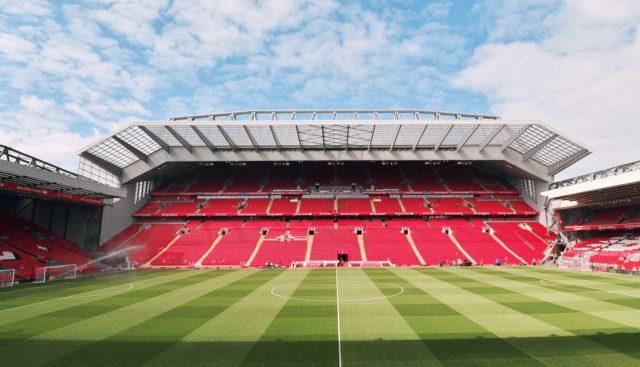 Dries Mertens: Atmosfer Anfield Biasa Saja