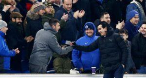 Tendang Botol Ke Fans Brighton, Unai Emery Dapat Denda
