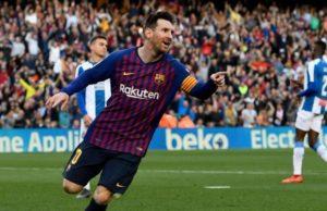 Lionel Messi Berseragam Barcelona FC