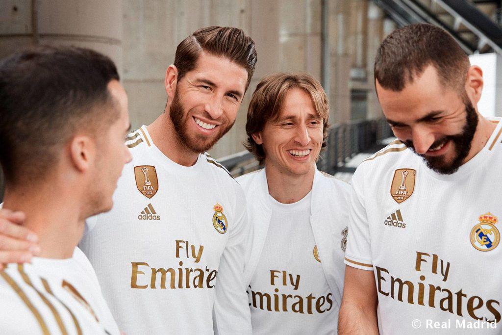 Jersey Baru Real Madrid, Detail Emas Untuk Sang Raja