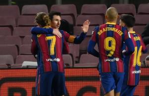 Cuplikan Pertandingan Real Sociedad vs Barcelona