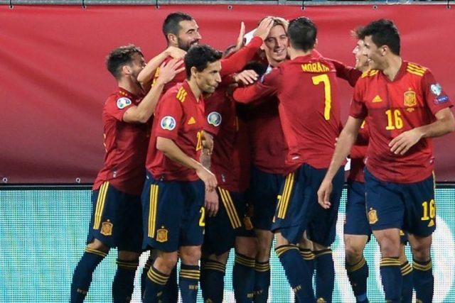 Semua Timnas Spanyol Divaksin